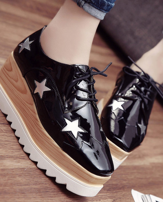 2016 Hot Sale Stars Womens Flats Round Toe Patent Leather Platform Shoes Oxford Lace up Derby Shoes Size 35-39 Brogue Shoes PX69